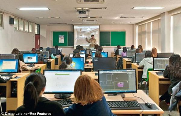 Hàn Quốc trang bị những thiết bị hiện đại nhất cho học sinh
