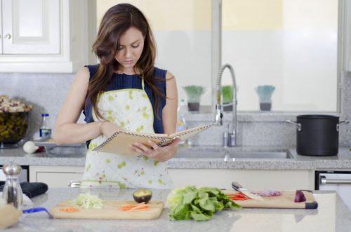 Nấu ăn giúp giảm mệt mỏi