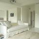 Cách phối màu sơn tường nhà nội thất làm tăng diện tích phòng