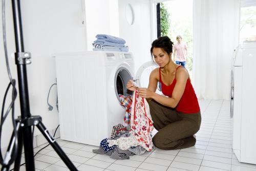Quần áo bị rách hoặc phai màu