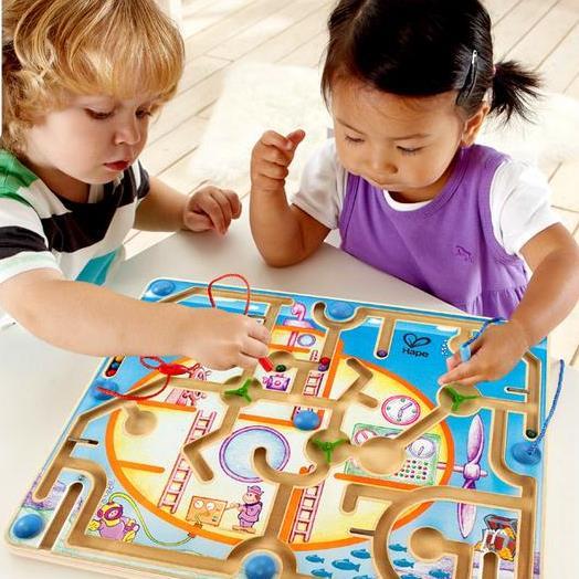 Bạn băn khoăn lo lắng khi lựa chọn đồ chơi cho con mình