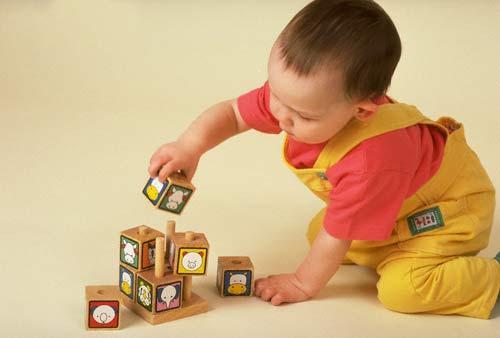 Đồ chơi giáo dục - ưu việt đối với sự phát triển của trẻ