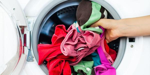 Có khá nhiều nguyên nhân gây ra tình trạng mất nguồn điện ở máy giặt