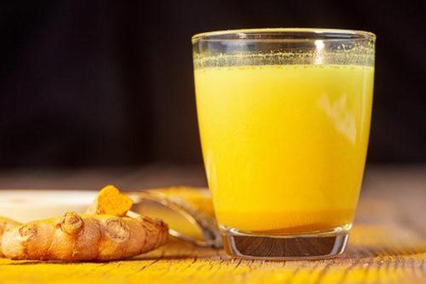 Phương pháp giảm cân nhờ uống tinh bột nghệ