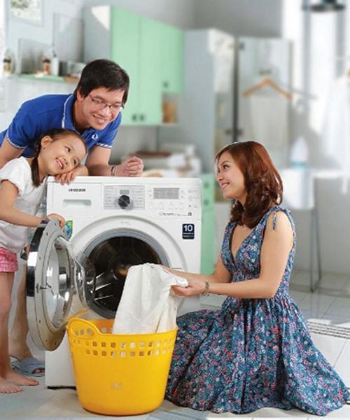 Những lưu ý khi giặt đồ em bé bằng máy giặt