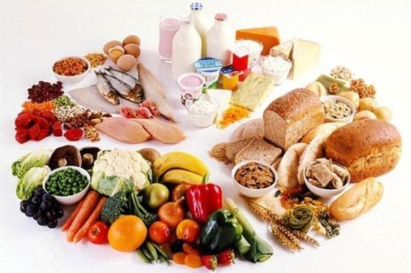 Dinh dưỡnglà một trong ba yếu tố quyết định sự phát triển trí tuệ của trẻ