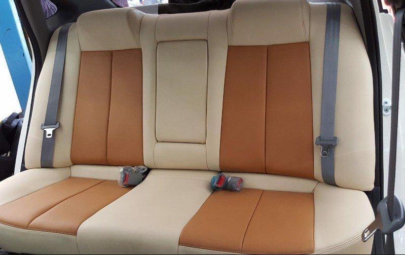 Tiến Dịu – Địa chỉ chuyên bọc ghế các dòng xe ô tô chuyên nghiệp