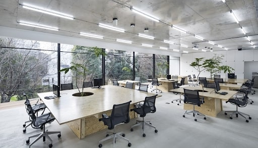Thiết kế nội thất văn phòng với không gian mở là xu hướng trong 2021